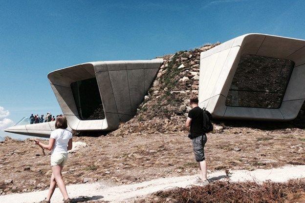 Zaha Hadid ontwerpt hoogste museum in Zuid-Tirol - De Standaard: http://www.standaard.be/cnt/dmf20150811_01813566?_section=63249202