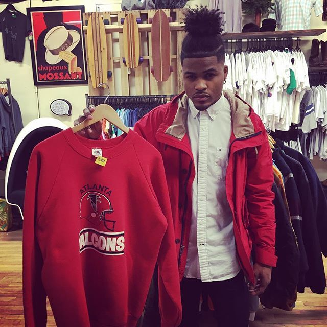 @casano_bruh just scored this vintage Falcons sweatshirt.  Come check out all the new arrivals going out today. #vintageclothing #atlantafalcons #nfl #vintagefalconssweatshirt #vintagenflgear