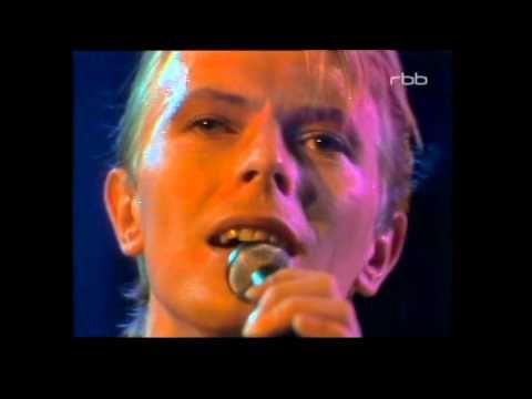 David Bowie - Alabama Song - YouTube