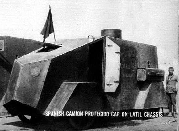 Camion Protegido Latil 1a. serie sobreviviente de Marruecos.