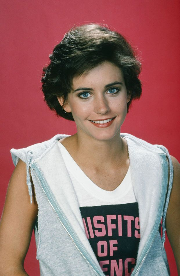 Courtney Cox in a 1985 photo shoot for 'Misfits of Science'. http://beautyeditor.ca/2016/06/04/courteney-cox-before-and-after