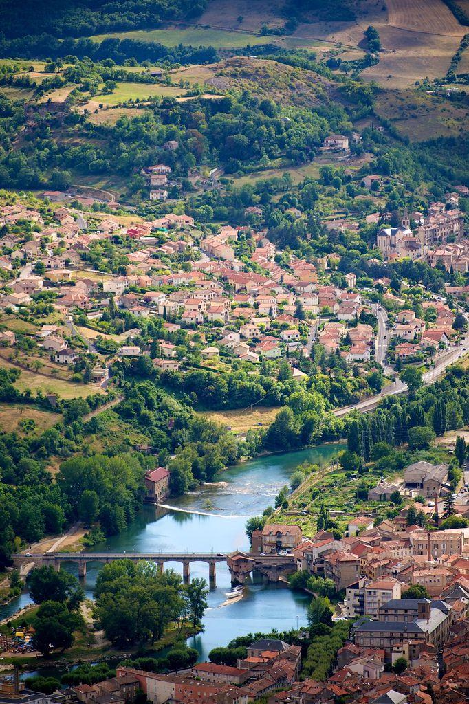 touchdisky:  River Tarn Millau, Aveyron | France byRigor Mortisque