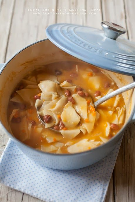 Zuppa di fagioli con maltagliati fatti in casa
