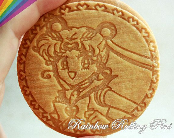 Engraved rolling pin for cookies laser engraved Sailor Moon cookie mold baking tools fondant cupcake topper cookie cutter