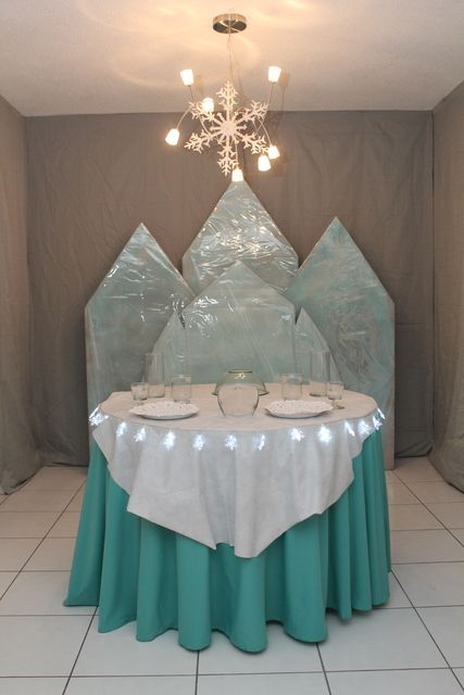 Frozen Birthday Party. Awesome backdrop idea, just make it taller. Elsa's ice castle| CatchMyParty.com