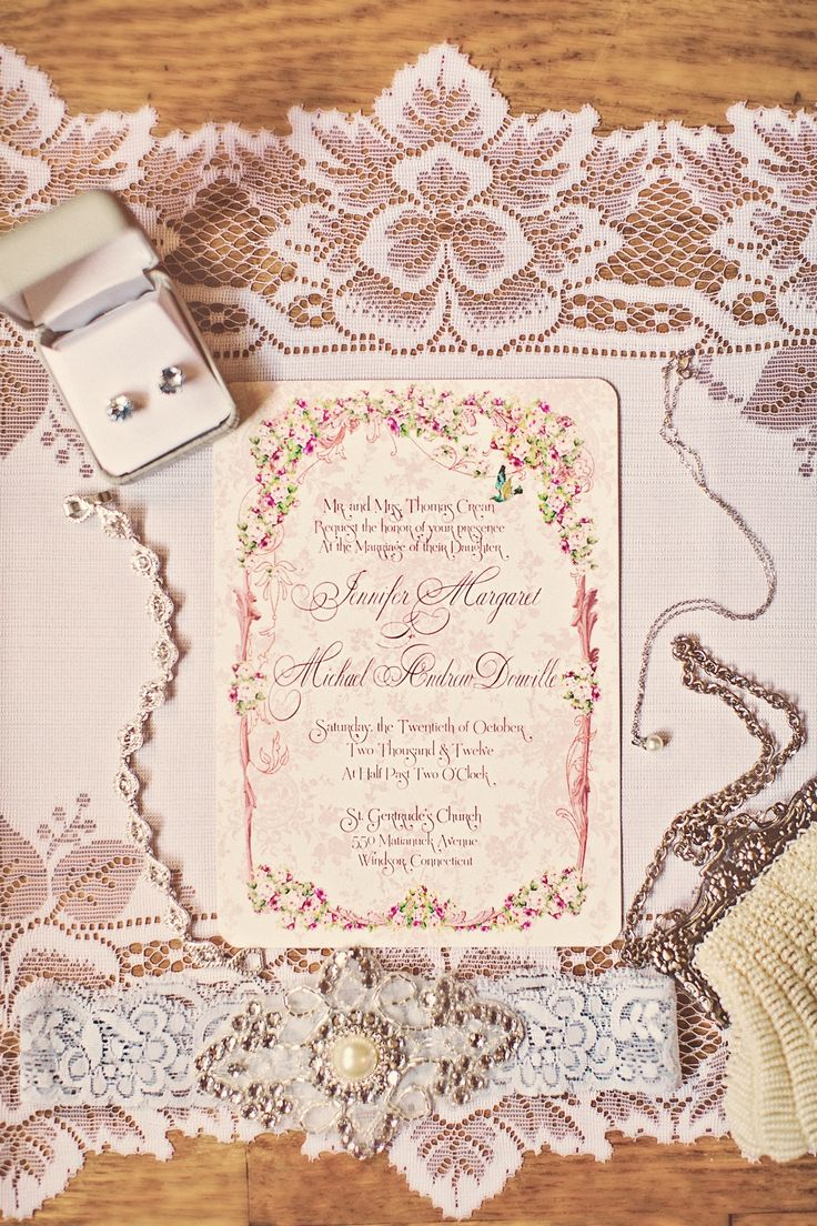 Romantic Vintage Wedding | Romantic-wedding-invitations-with-vintage-lace-details.full