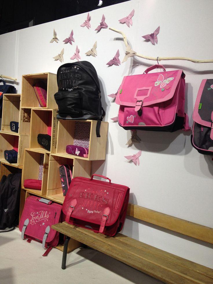@tanns au salon @whosnextdotcom . Envolée de papillons. #origami