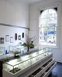 jewellery retail space ideas - Google Search