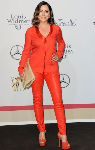Celebrities In Leather: Simone Thomalla wears red leather pants
