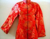 Vintage 50s 60s RED and GOLD Chinese Top - Red Asian Japanese Cheongsam Tunic Top - Red Tea Timer Coat - Size Small to Medium