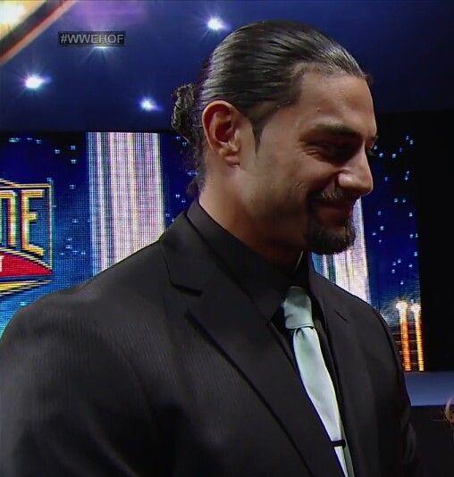 Roman Reigns (love his hair in a bun) | WWE Superstars & Divas ...