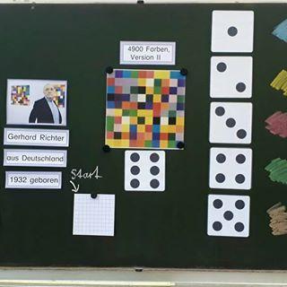 My #zweiteklasse designed together with the taster children from #kindergarten random pictures like #gerhardrichter. For each box individually …