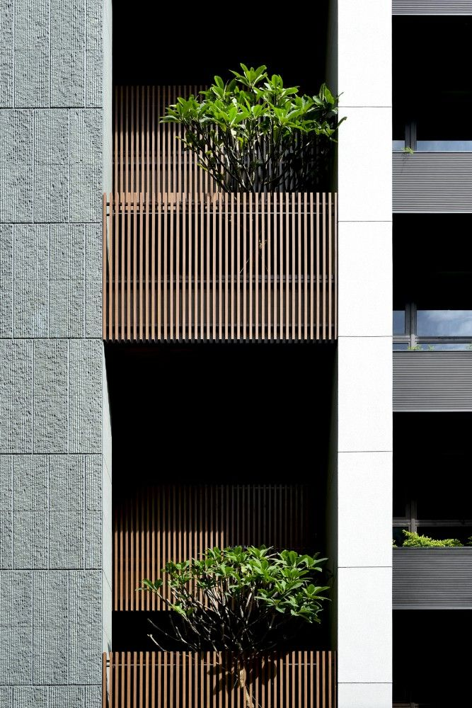 | DETAILS | Photo Credit:  #StackingHouse / #HsuyuanKuoArchitect&Associates | Lovely exterior detailing