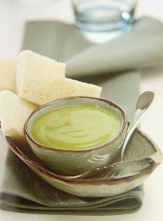 Thai Dessert Recipes: Pandan coconut custard or dipping sauce (khanom pang jim sangkhaya)