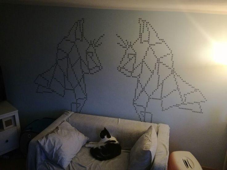 Wyklejka ściany koty trójkąty diy