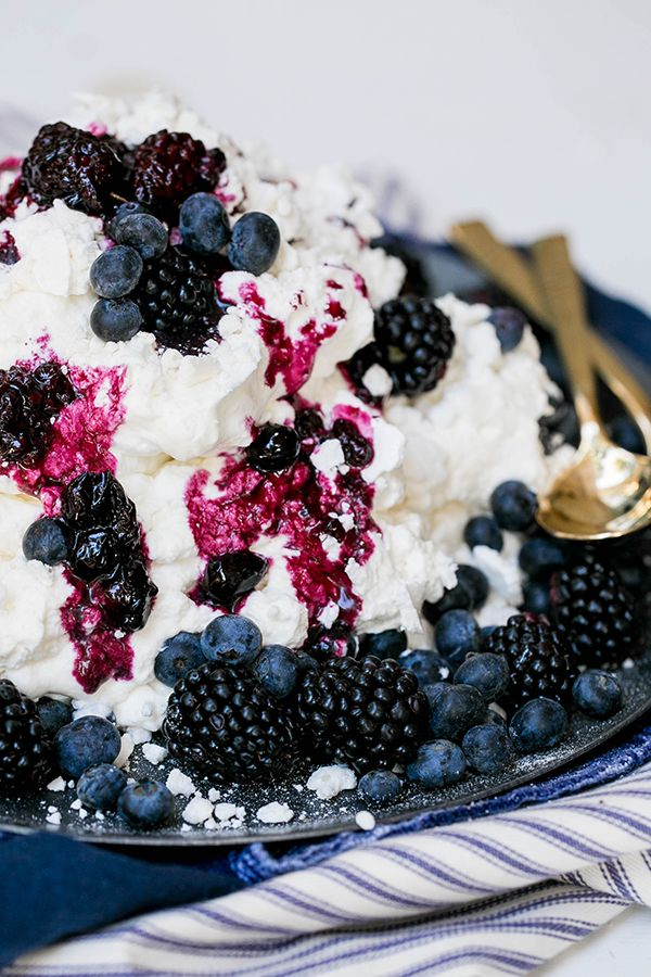 A Delicious Eton Mess Recipe - Sugar and Charm - sweet recipes - entertaining tips - lifestyle inspiration