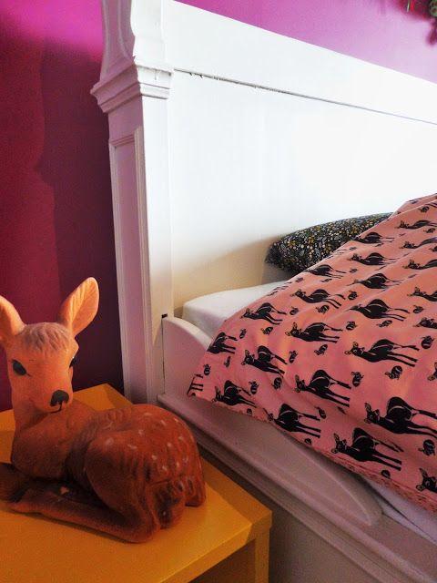 Made-By-Caro - Dekbed Oh Deer Roze - Kussen Forest Treasures Grijs