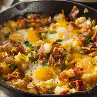 Huevos Estrellados con Papa Hashbrown y Tocino