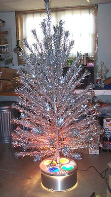 367 best Aluminum Christmas Trees images on Pinterest | Retro ...