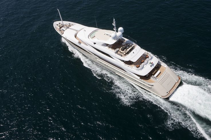 Luxury Yachts - Italian Yacht Manufacturer - Isa Yachts