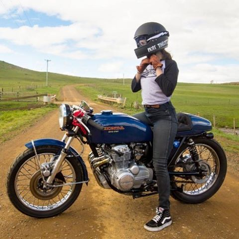 "themotoblogs:  ""@katieabdilla and her sweet little Honda CB400F  🔥🔥🔥🔥🔥🔥  #caferacer #caferacers #caferacerxxx #caferacergram #bikesofinstagram #instamoto #motorcycle #motorcycles #kustomkulture #hondacb400f #cb400 #croig #rideordiechick #womenwhoride..."