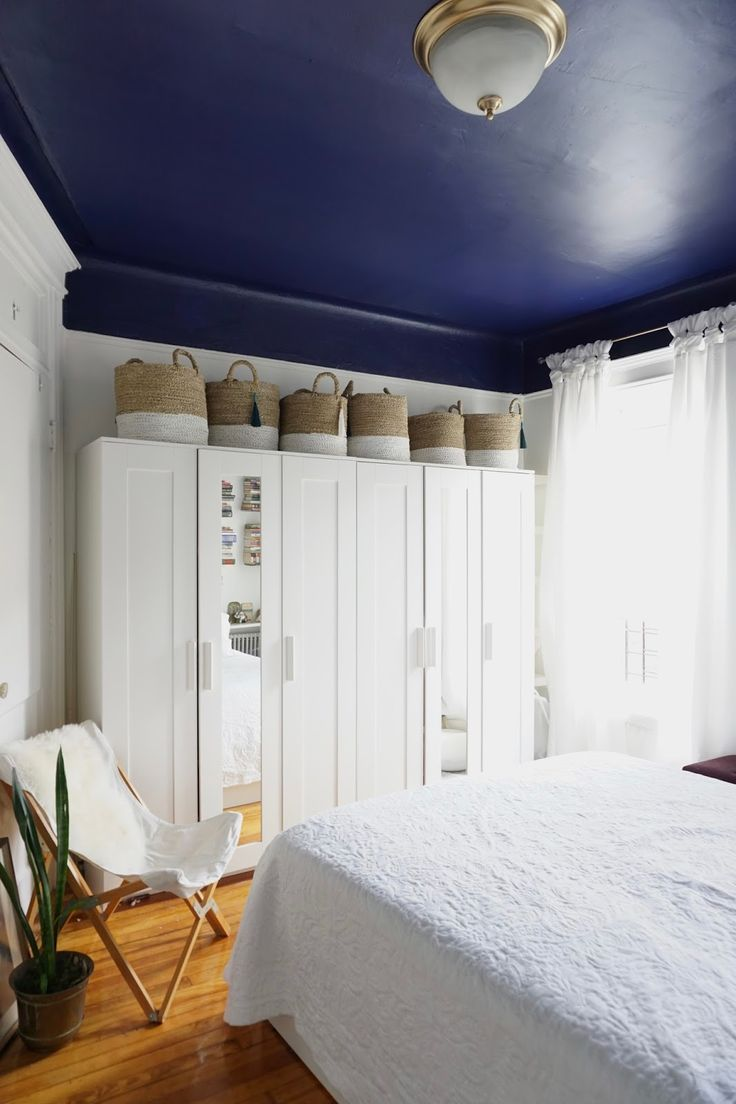 Painting Bedrooms Two Colors 17 Best Ideas About Two Tone Walls On Pinterest Two Toned Walls