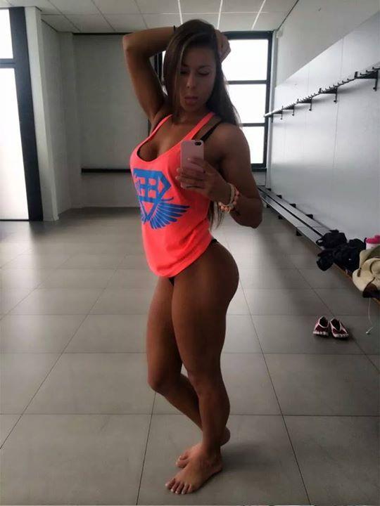 Fitness Girl Feet Porn Hd - Sandra Prikker