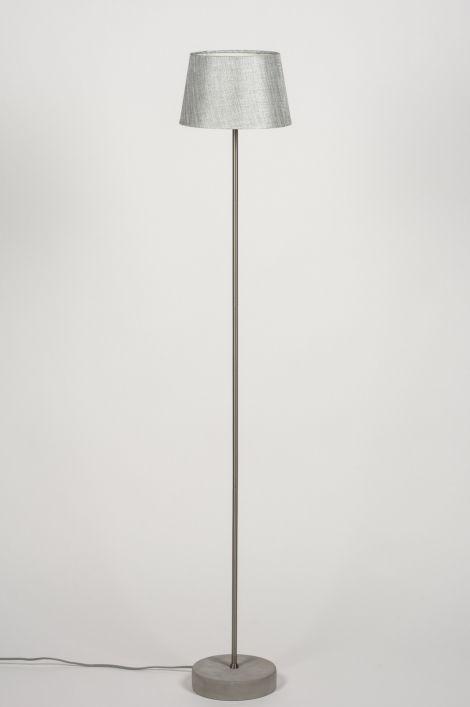 145 best images about vloerlampen leeslampen on pinterest kunst taupe and tes - Kleine kap ...
