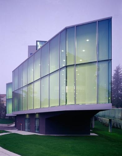 Fabriano (AN), Italia  Ristorante aziendale Indesit S. p. A.  LORENZO ROSSI ARCHITETTI