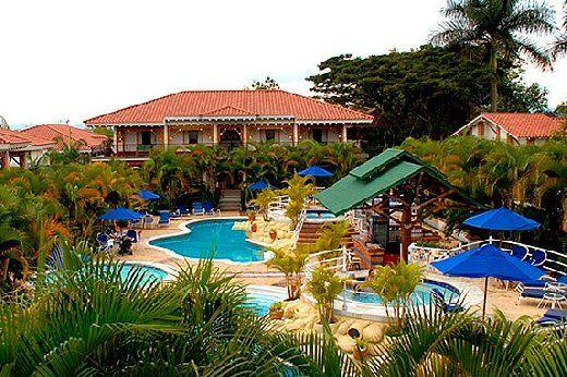 FINCA HOTEL LAS CAMELIAS, ubicado en el  departamento del Quindio en la zona cafetera cerca al Parque del Cafe y a Panaca.