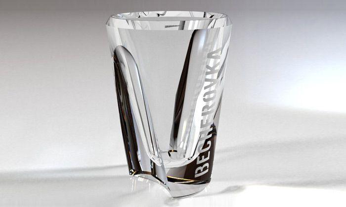 Becherovka vyhlásila soutěž o design nové skleničky