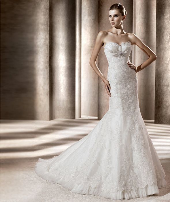 Pronovias Bali Wedding Dress. Pronovias Bali Wedding Dress on Tradesy Weddings (formerly Recycled Bride), the world's largest wedding marketplace. Price $1050.00...Could You Get it For Less? Click Now to Find Out!