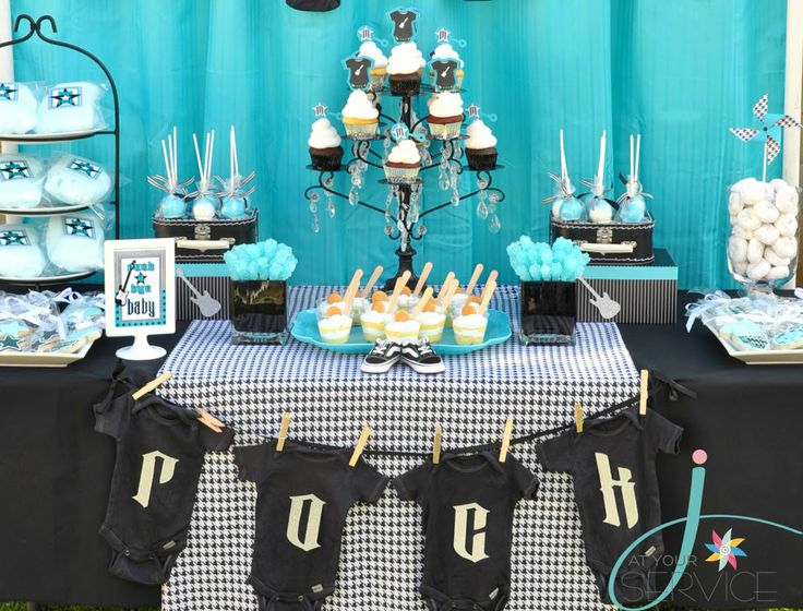 this is the table setting rock a bye baby shower the backdrop fabric and the tableclothes are easily found almost anywhere check out my rock a bye baby