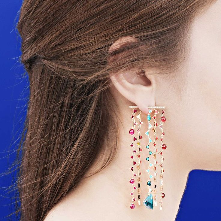 Front-back Nouvel Heritage earrings in pink gold with blue opals, white diamonds, red spinel and rhodolite.