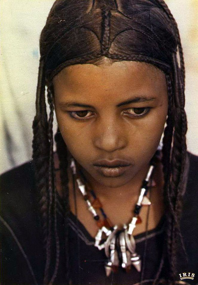 Africa |  Young Tuareg girl.  Niger || Scanned postcard; published by IRIS. Photo by JM Bertrand.