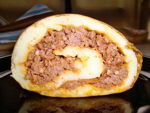 Rocambole de batata com carne