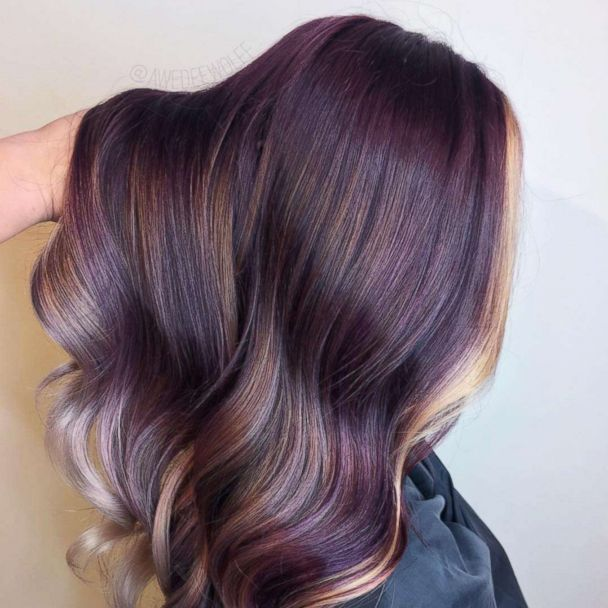 This New Hair Trend Looks Like A Peanut Butter And Jelly Sandwich Brown Hair With Highlights Hair Trends Hair Color