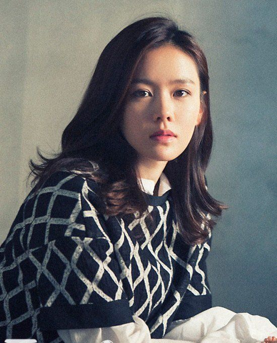Son Ye-jin (손예진) - Picture @ HanCinema :: The Korean Movie and Drama Database