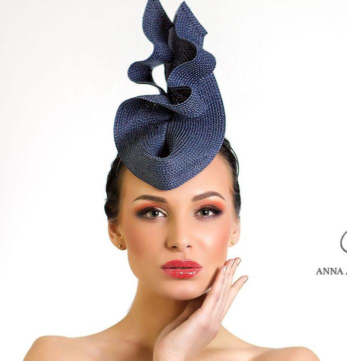 шляпка, вечерняя шляпка, шляпа, вечерняя шляпа, Анна Андриенко, ручная работа, синамей, котельная шляпка, шляпа для скачек, шляпка для скачек, дизайнерская шляпка, черная шляпка, шляпа для вечера, вечерняя шляпа, шляпка для скачек, коктейльная шляпка, шляпка для праздника, синяя шляпа, темно-синяя шляпка, головной убор, белая шляпка, белая шляпа, лиловая шляпа,