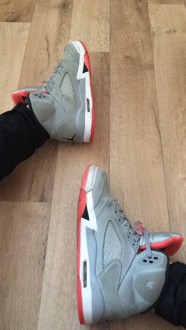Jordan 5 Fire Edition ( @snipes )