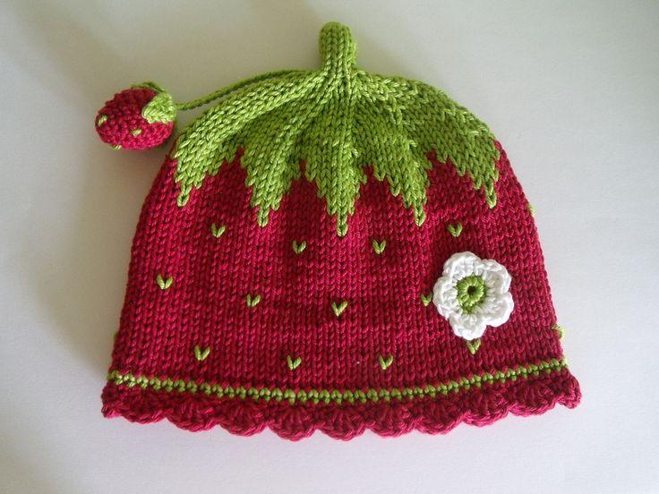 """Gestrickte Babymütze """"Erdbeere"""" von Maschenwerke auf DaWanda.com"""