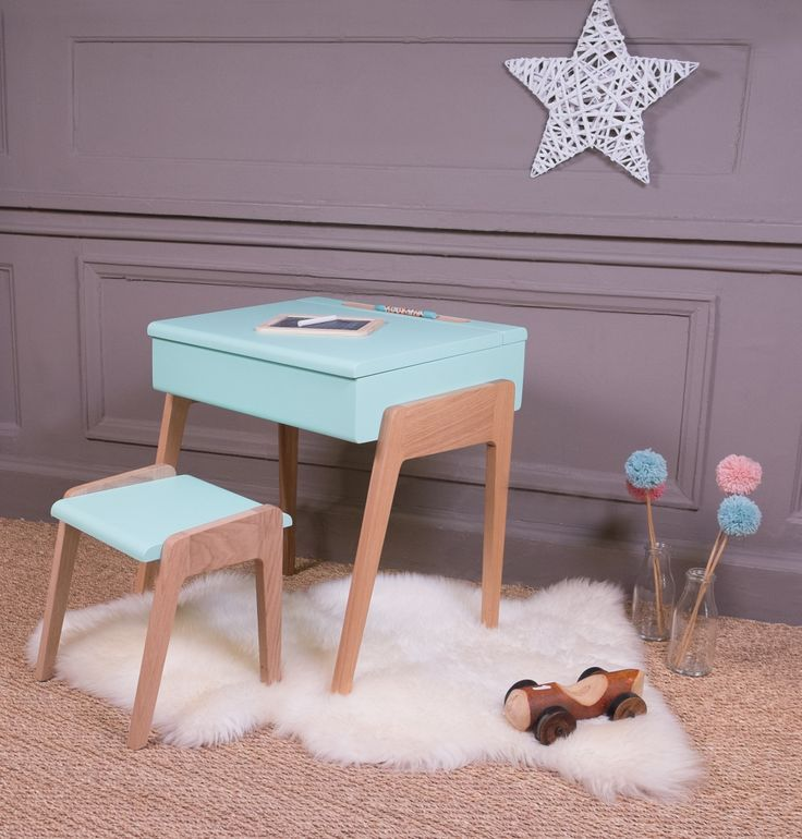 pupitre vintage dans une chambre d enfant univers enfants pinterest kids room playroom and room