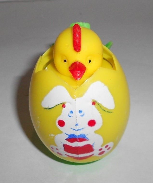 ... Hard Plastic Chick in Decorated Easter Egg Pop Up Squeaker Toy WORKS