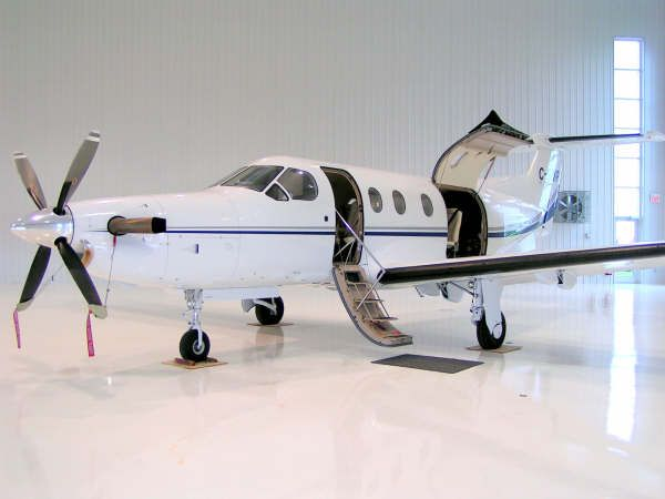 Pilatus PC-12 #privatefly #privatejet #aircraft