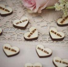 Gratis Verzending 50X Houten Hart Mr & Mrs Tafel Confetti Vintage Affair Rustieke Bruiloft Decoratie(China (Mainland))