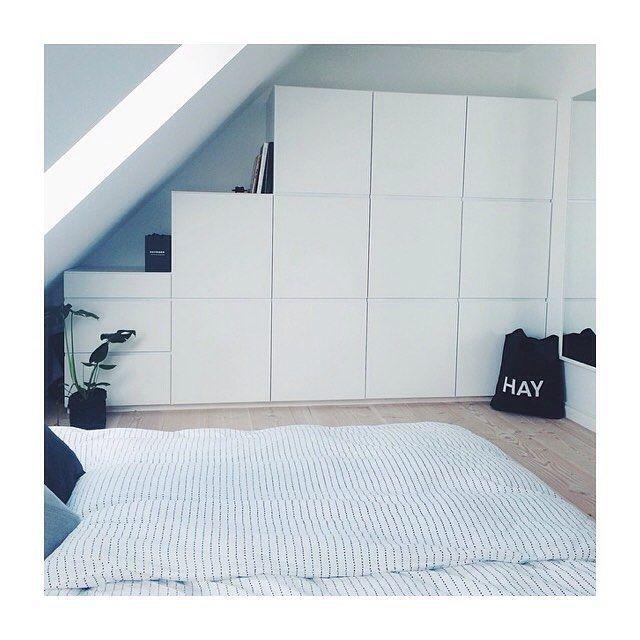 Fabulous Wardrobe at the home of @camillabolvig ❤️ Modular Mano by Kvik system fits any room  #manobykvik #kvik #wardrobe #bedroom #modular #danishdesign