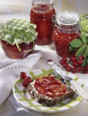 Das Rezept für Orangen-Hagebutten-Marmelade und weitere kostenlose Rezepte auf LECKER.de
