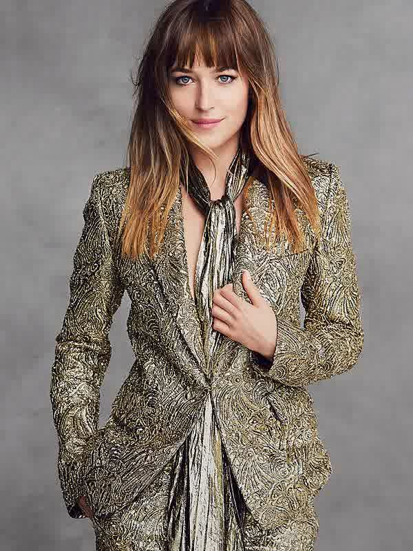 Dakota Johnson brown hairstyles with highlights 2015