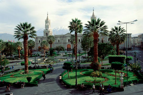 Arequipa is the capital of the homonymous province and the department of Arequipa Peru. The metropolitan area of Arequipa is subdivided into 19 municipalities that contain a metropolitan population of 821.692 inhabitants.