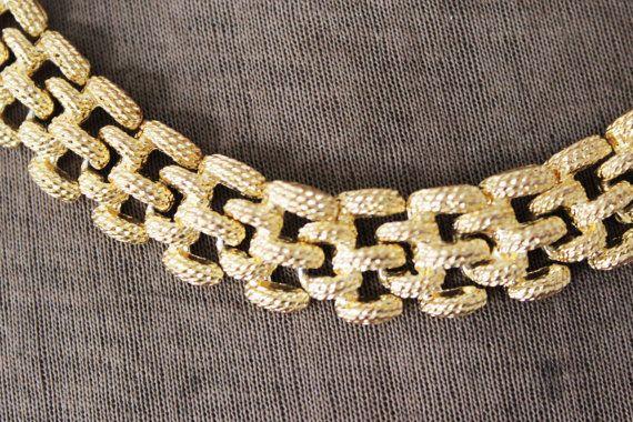 Vintage Gold Link Necklace Flat Gold Collar by MeadowsVintage